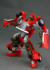Transformers News: New Images of Scouts Brimstone and Hubcap