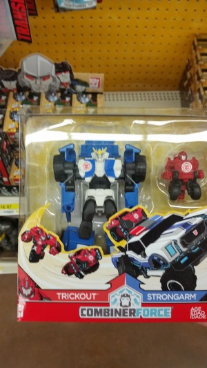 Transformers News: Transformers Robots in Disguise Combiner Force Activators Sighted at US Retail
