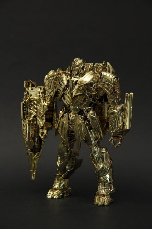Transformers News: Takara Tomy Lucky Draw all-gold The Last Knight Megatron revealed