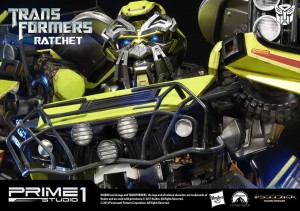 Transformers News: Prime 1 Studios Movie Ratchet Fully Revealed