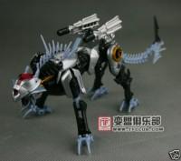 New Images of Takara Exclusive Ravage and Evac