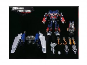 Transformers News: BBTS Sponsor News: Avengers, Sideshow, Transformers, Living Dead Dolls, Megaman, Bettie Page, Funko
