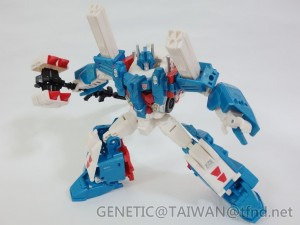 Transformers News: Even More In-Hand Images of Transformers Combiner Wars Leader Class Ultra Magnus