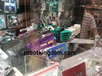 Transformers News: New Images: Asian Exclusive Reissue G1 Sixshot
