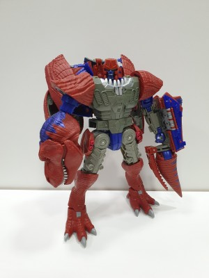 War for Cybertron Kingdom T-Wrecks More In-Hand Images