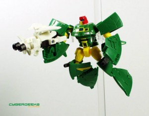 Transformers News: In-Hand Images: Transformers Generations Legends Cosmos and Payload