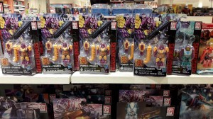 Transformers News: First Global Sighting of Transformers Power of the Primes Prime Masters Wave 3