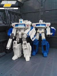 Transformers News: In Hand Images: Transformers Asia Exclusive Henkei / Classics Ultra Magnus