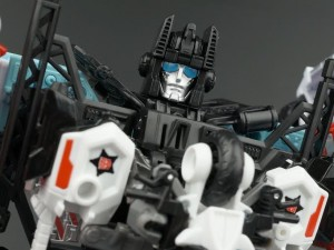 New Galleries: Combiner Wars Defensor and the Protectobots
