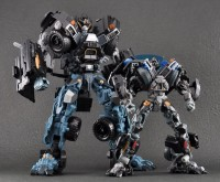 Transformers News: High Quality Images: Leader and Voyager Ironhide, Deluxe Skids