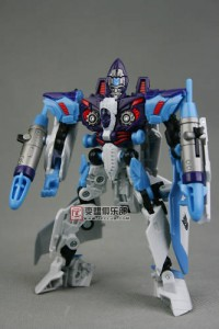 Transformers News: New Images of Deluxe Movie Jetblade