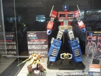 Transformers News: Ultimetal Series Non-Transforming Optimus Prime Revealed