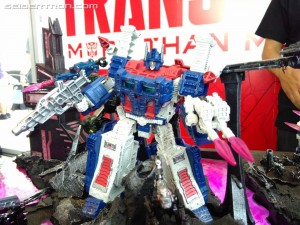 Transformers News: War for Cybertron: Siege Toys on Display at SDCC 2018 with Ultra Magnus, Hound, Ironhide and More #HasbroSDCC