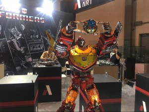 Transformers News: Shanghai Comic Con 2017 Coverage - Imaginarium Art & M3 Statues #SHCC17
