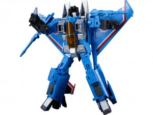 Transformers News: TFSource News - Masterpiece Thundercracker, TFCC 4.0 Attack Squad Combiner, Salus and More!