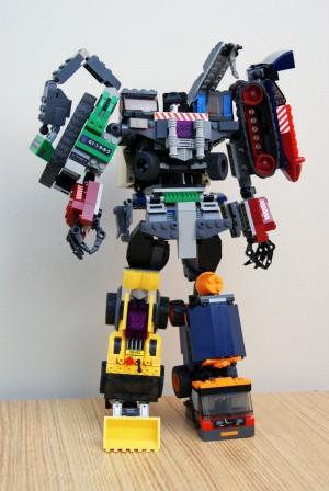 Transformers News: Creative Roundup, January 12, 2014
