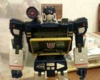 Transformers News: In-Hand Images: Takara Tomy Transformers Masterpiece MP-13 Soundwave