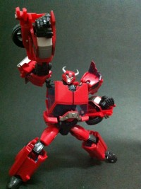 Transformers Prime Deluxe Cliffjumper In-Hand Images