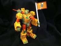 Transformers News: BotCon 2013 Custom Class Figure Revealed: Blastcharge Strika Clone