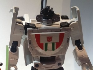 Transformers News: Images of Transformers Combiner Wars Wheeljack, Smockescreen, Trailbreaker and Hound at SDCC