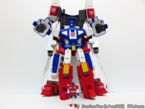 In-Hand Images / Pictorial Review - Takara Tomy Masterpiece MP-24 Star Saber