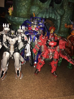 Transformers News: Exclusive In Hand Images of Transformers: The Last Knight Voyager Scorn and Nitro