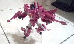 In-Hand Images of Transformers Titans Return Misfire and Aimless