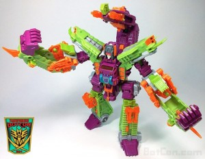 Production Sample of BotCon 2014 Scorponok