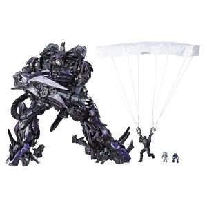 New Stock Images of Studio Series Leaders Shockwave and Scavenger
