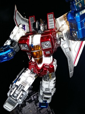 Imaginarium Art Legacy of Cybertron Transformers Starscream Statue Review with Images