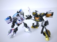 Transformers News: In-Hand Images: Million Publishing's Exclusive Stepper and Campaign Arms Microns