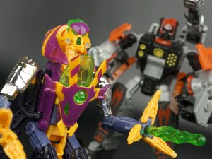 Transformers News: New Galleries: Beast Machines Tankor and Thrust
