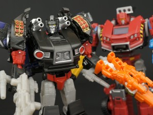 New Galleries: BotCon 2015 Burn Out and Lift-Ticket with Diaclone Pilots