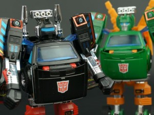 New Galleries: Takara Tomy Transformers Encore Hoist and Trailbreaker