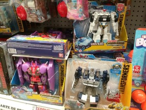 Transformers Cyberverse Ultra Prowl Found in Canada