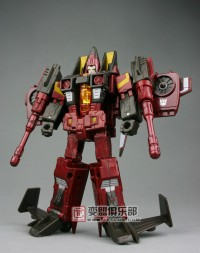 Transformers News: New Images of Deluxe Generations Thrust