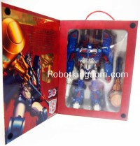 Transformers News: In-Package Images: Transformers Platinum Edition Ultra Magnus