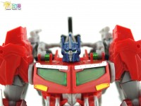"Transformers News: In-Hand Images: Transformers Prime ""Beast Hunters"" Voyager Optimus Prime"
