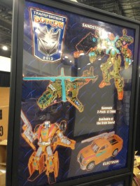 Transformers News: BotCon 2013 Souvenir 2-Pack Sandstorm and Electron