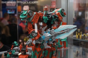 New Gallery: SDCC 2015 Transformers Fan-Built Combiner Victorion and Torchbearers