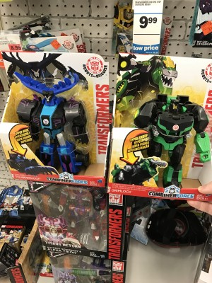 Robots in Disguise Combiner Force 3-Step Thunderhoof and Grimlock Sighted