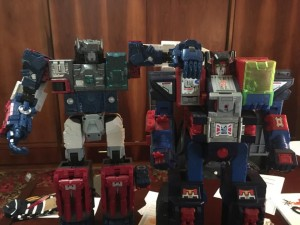 First Written and Pictorial Review of Transformers Titans Return Fortress Maxmus