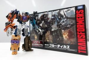 In-Hand - Takara Tomy Transformers Unite Warriors UW07 Bruticus