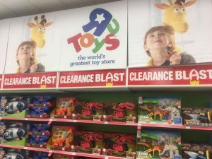 Transformers News: Toys R us reportedly planning to close 200 more stores