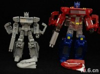 Transformers News: Mini Transformers Classics/ Henkei/ Universe Optimus Prime!