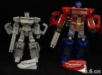 Transformers News: Mini Transformers Classics/ Henkei/ Universe Optimus Prime!
