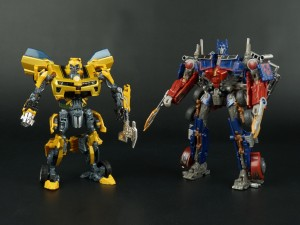 New Galleries: AOE Movie Advanced AD12 Revenge Optimus Prime and AD08 Battle Blade Bumblebee