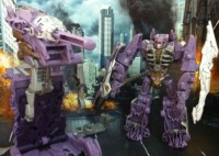 In-Hand Images of Cyberverse Action Sets - Shockwave Fusion Tank and Ratchet Lunar Crawler