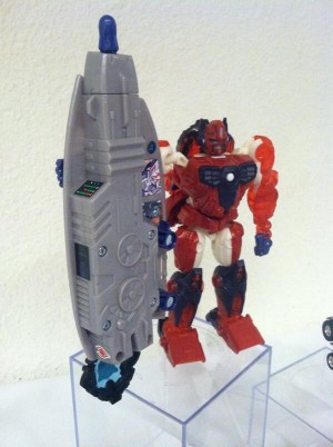 Transformers News: BotCon Customization Class Figure Revealed: Primal Prime
