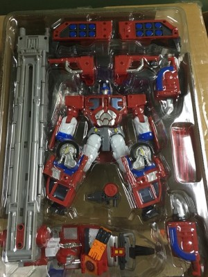 In-Hand Images of Takara Tomy Transformers Encore God Fire Convoy